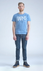 Голубая футболка с логотипом Harm's