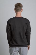 Черная теплая толстовка свитшот со слегка увеличенным горлом вид сзади