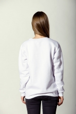 Тёплая белая толстовка свитшот со слегка увеличенным горлом вид сзади