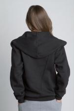 Черная толстовка косуха с капюшоном на молнии вид сзади на девушке
