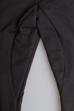 Черные летние спортивные зауженные штаны на резинке