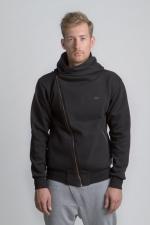 Черная толстовка косуха с капюшоном на молнии вид спереди вид на парне