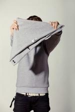 Развернутый вариант шарфа из плотной ткани с пуговицами